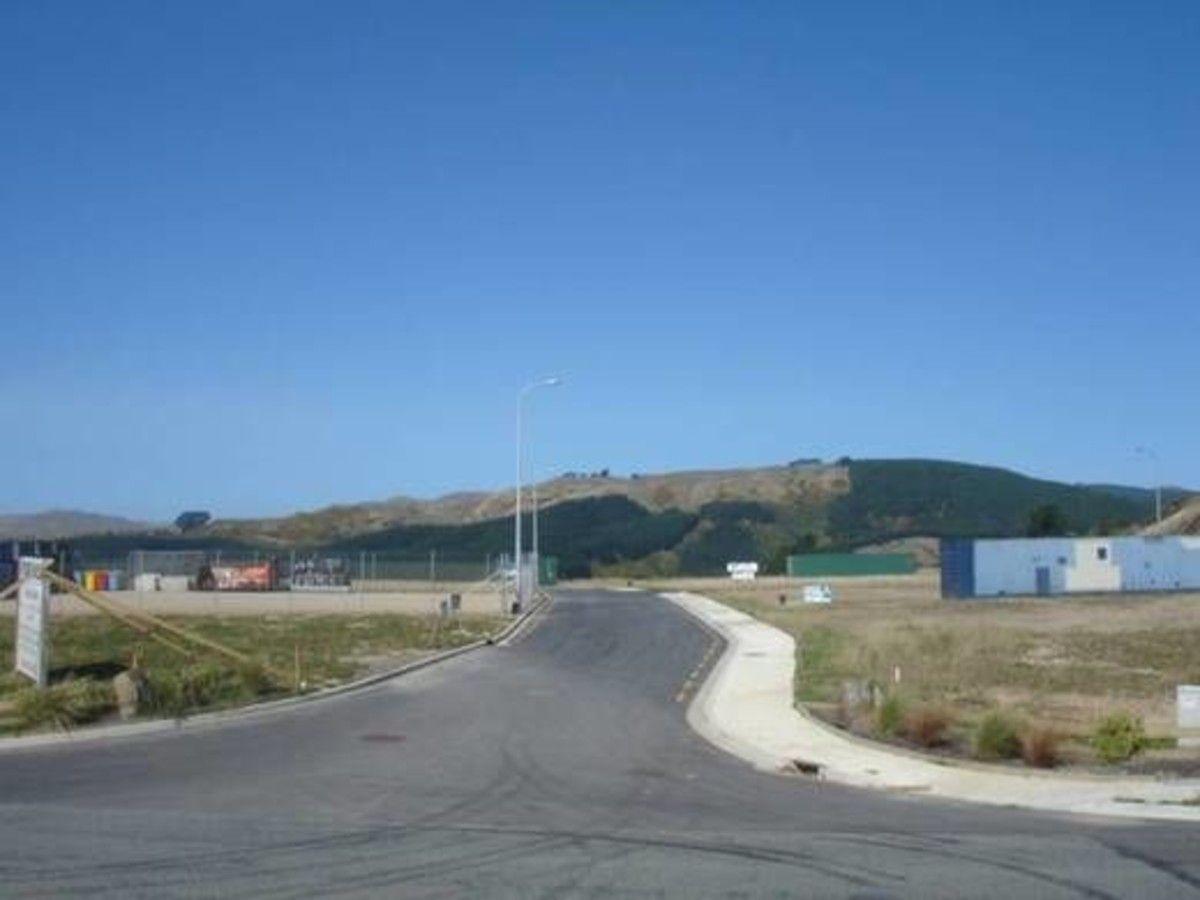 9 HOFFS Place, Porirua