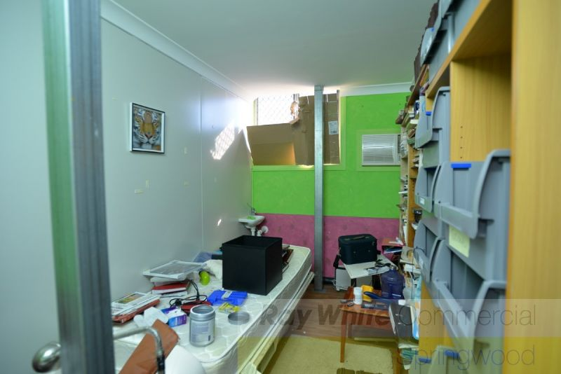 300sqm Medical Office With Ample Parking Options