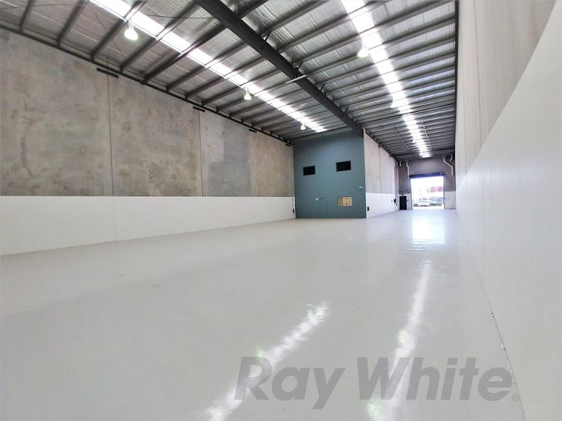 For Lease: 815sqm* OFFICE/WAREHOUSE WITH 17* CAR SPACES!