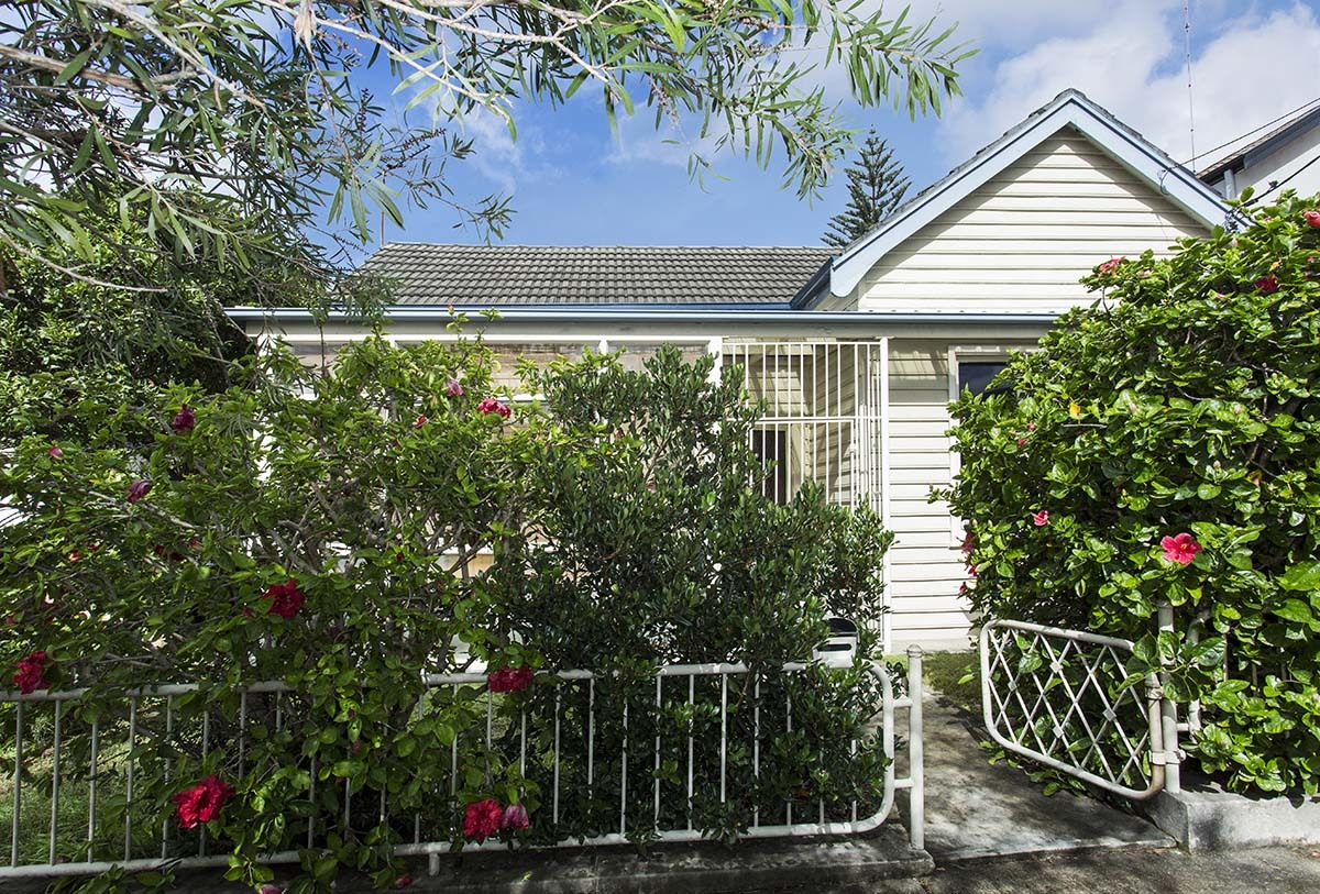490m2 approx on level land and wide street ready to create your dream home.