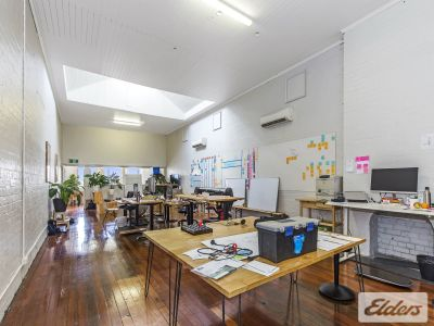 OUTSTANDING CHARACTER OFFICES - WILL NOT LAST!