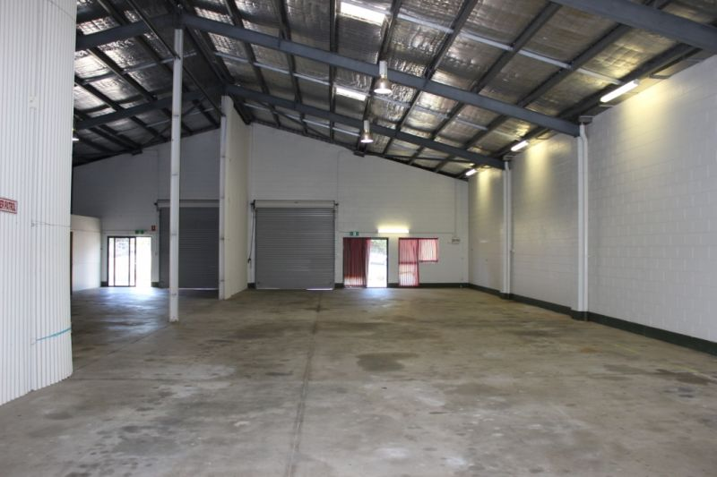 500m2 Industrial Warehouse