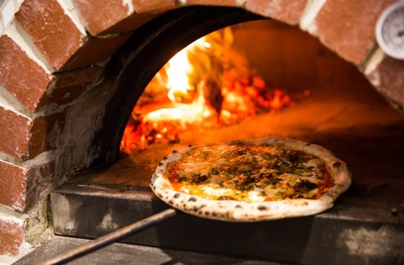 Wood Fired Pizza - Eastern Suburbs - 6 Days & Short Hours - Rent $510 P/w