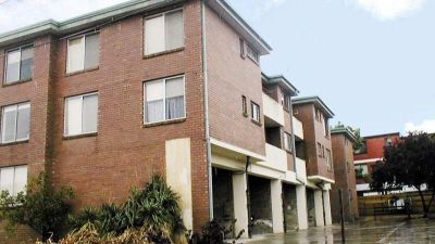 *** LEASED *** Clean & Tidy Two Bedroom Apartment