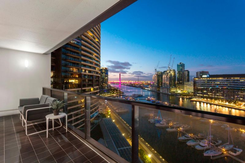 Two bedroom Harbour Side Living at Yarra's Edge