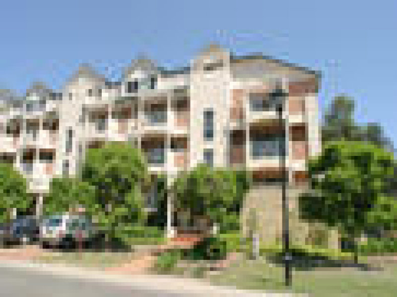 2 Wentworth Dr, Liberty Grove