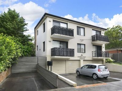 Spacious Two Bedroom Unit with Lock up Garage