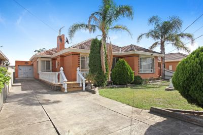 Brick Veneer Family Home With Self Contained Bungalow.
