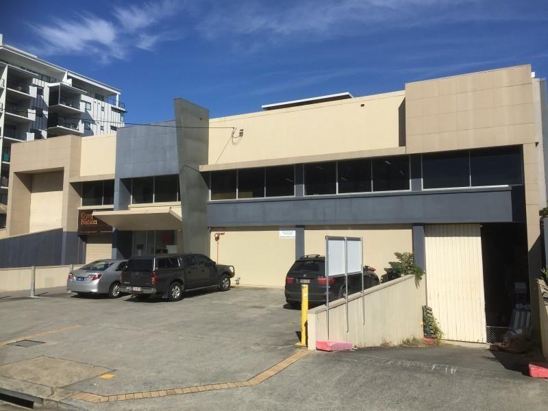Rare City Fringe Office/Warehouse/Showroom