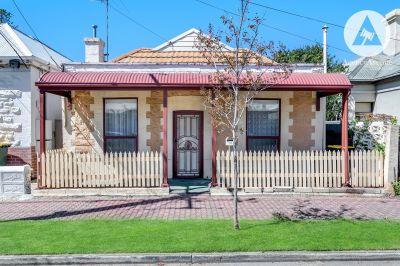 10 Melbourne Street, Glenelg North