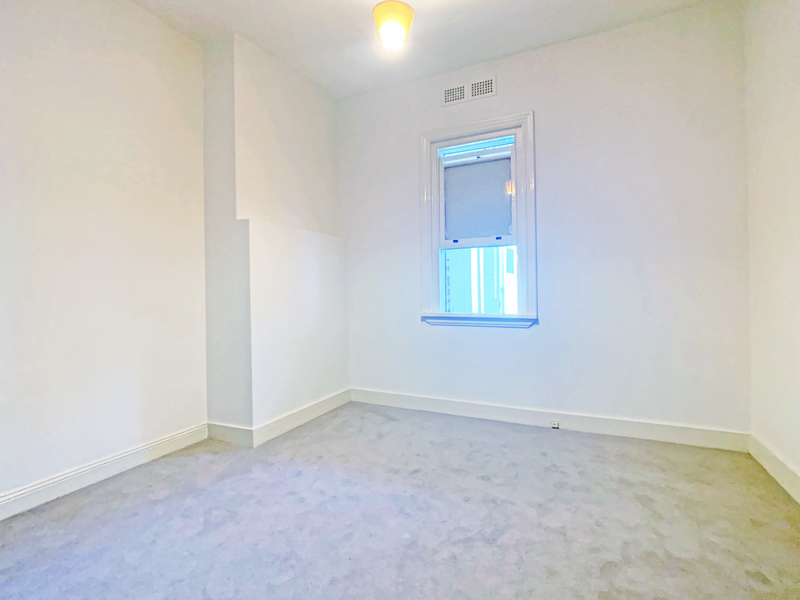 RENOVATED SINGLE ROOM, NEW PAINT & CARPET!