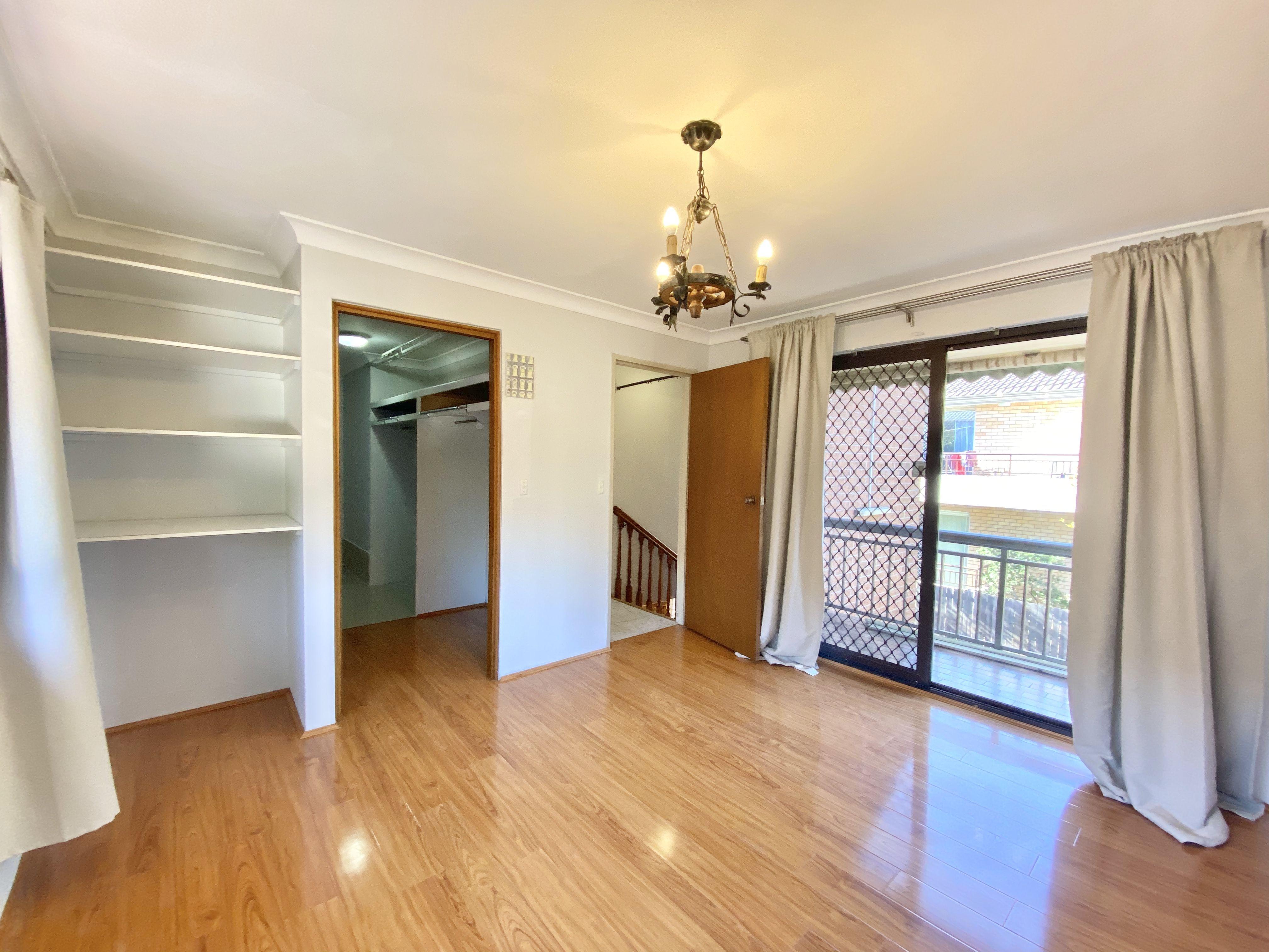 2/22 Burlington Road, Homebush NSW 2140