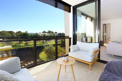 5 Star Luxury- Unfurnished Apartment Available Now!!