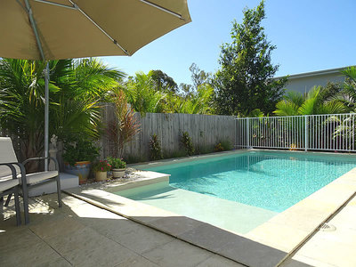 FAMILY HOME WITH POOL IN HIGHLAND RESERVE