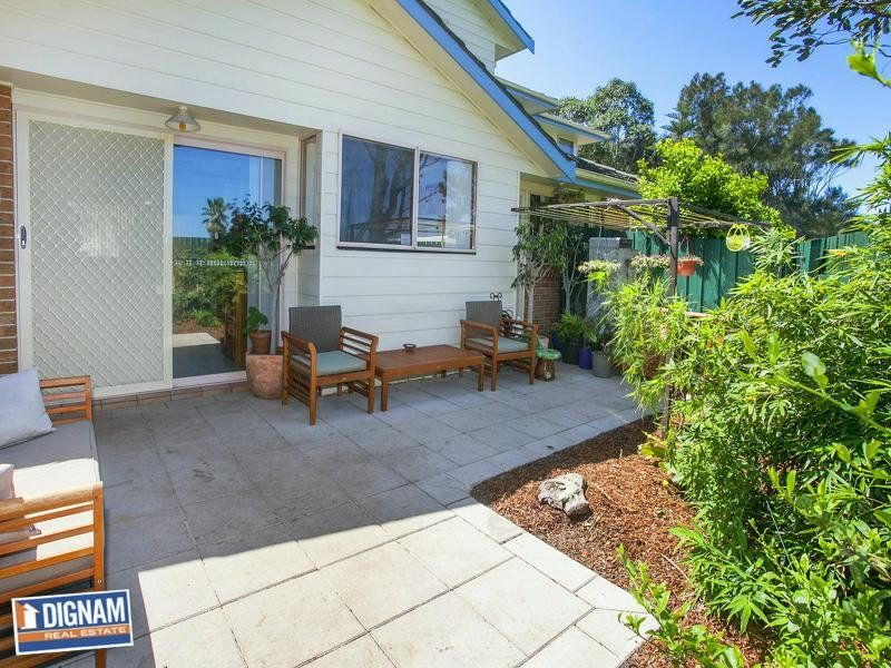 9/12 Lake Parade, Corrimal NSW