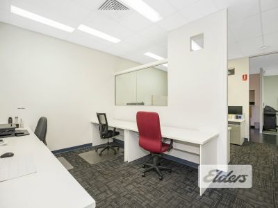 PROFESSIONAL OFFICE FRONTING FISH LANE!
