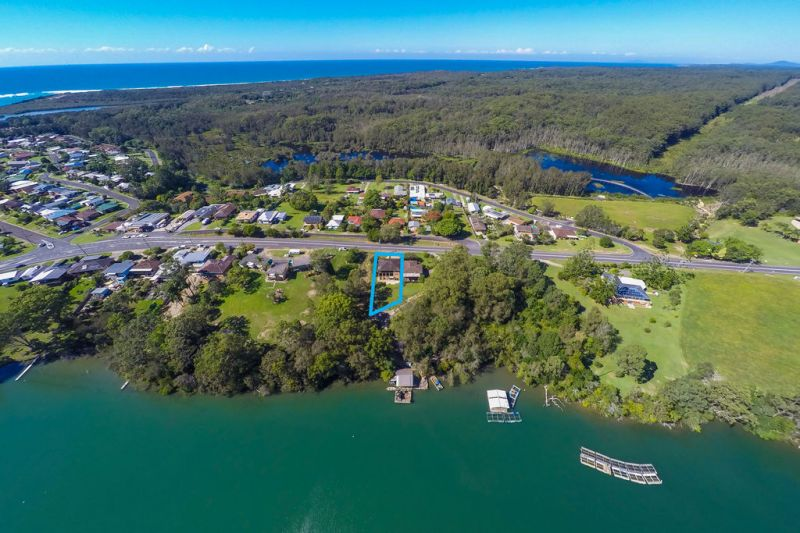 An Ideal Choice for Investors - Waterfront Reserve Property with Dual Occupancy