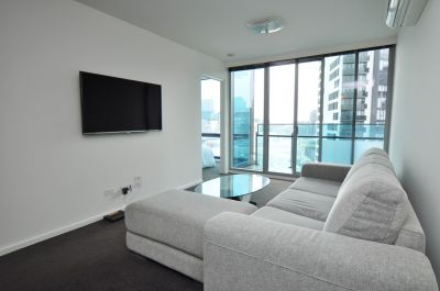 Mainpoint, 17th floor: FURNISHED Apartment  Top of the town!