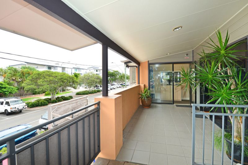 Professional Office In Sought After Noosaville