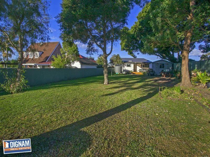 24 Hollebon Road, Bellambi NSW