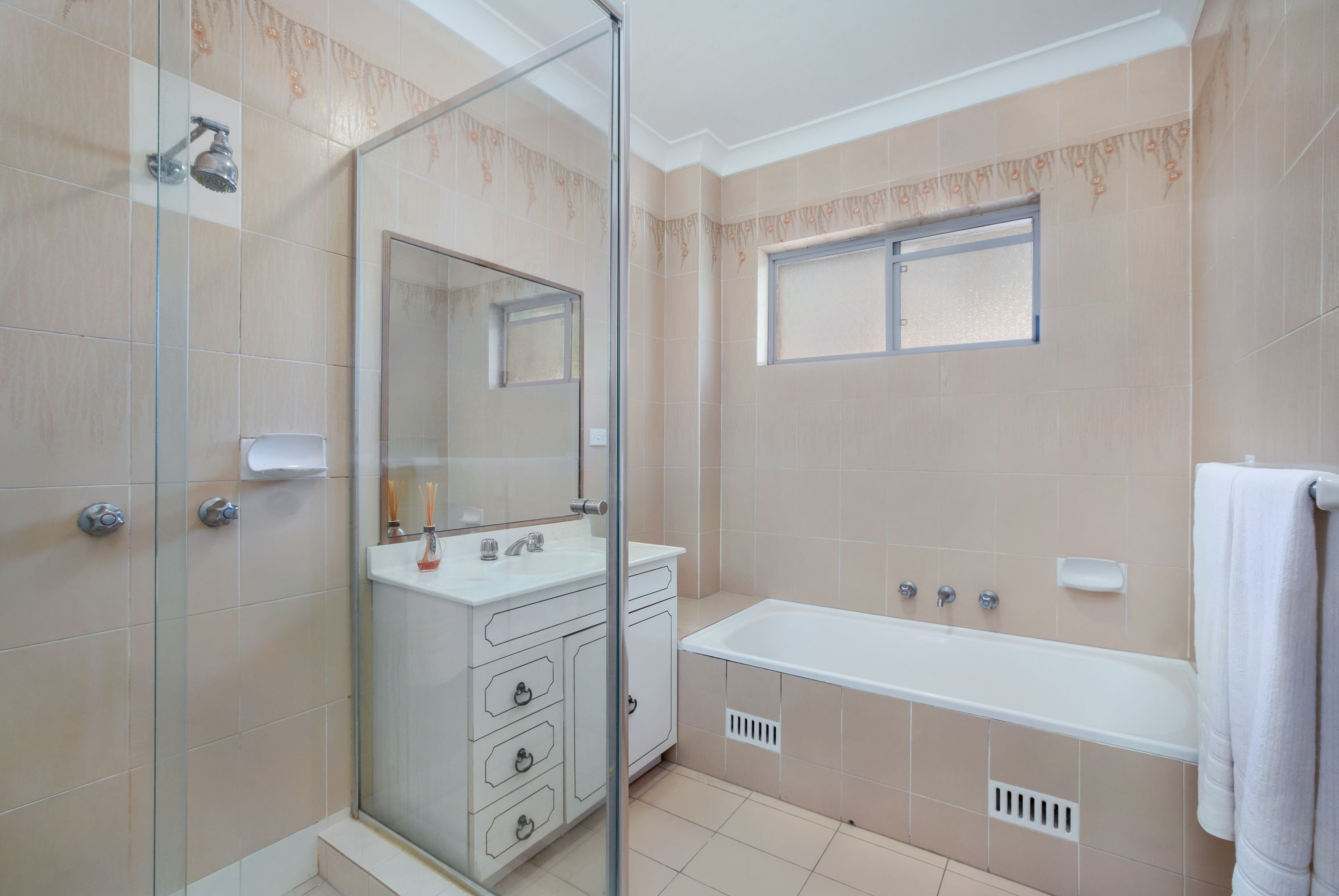 8/17 Rokeby Road Abbotsford 2046