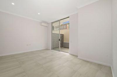 One weeks free rent  -Boutique Studio Apartment!