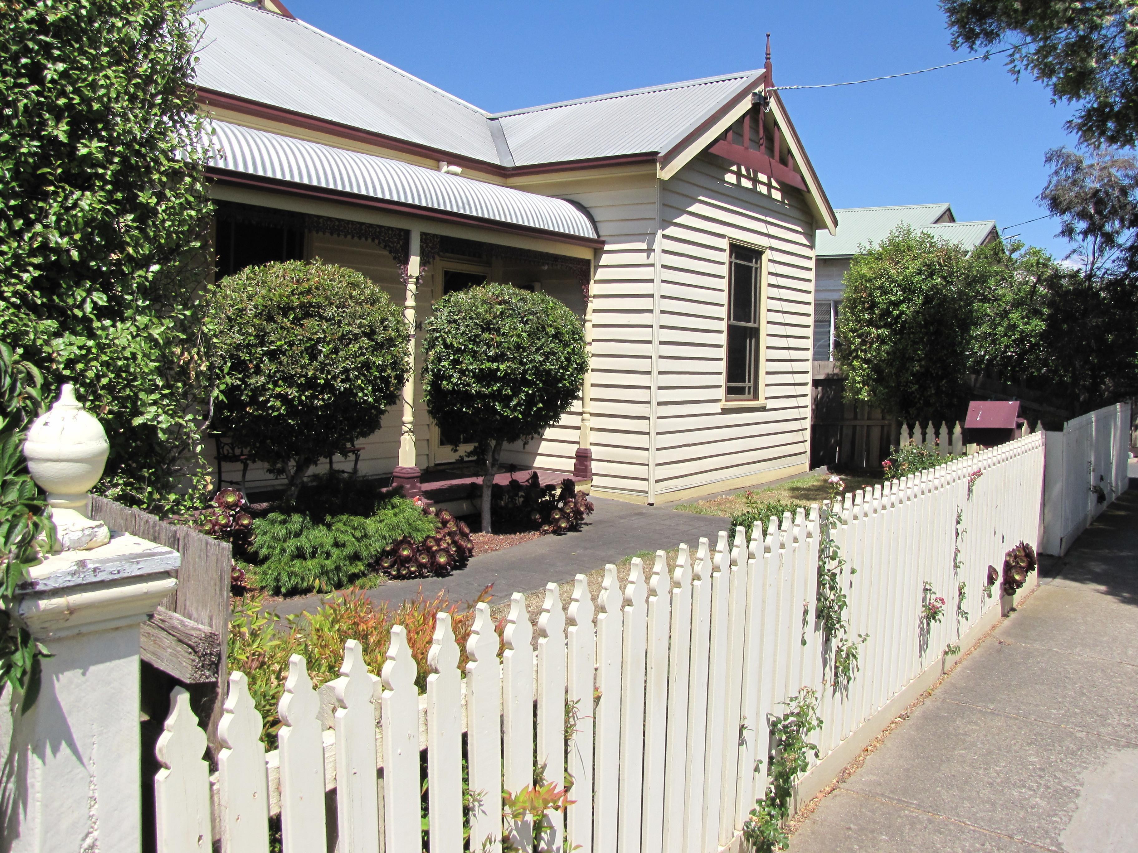 194 Kilgour Street, Geelong VIC 3220