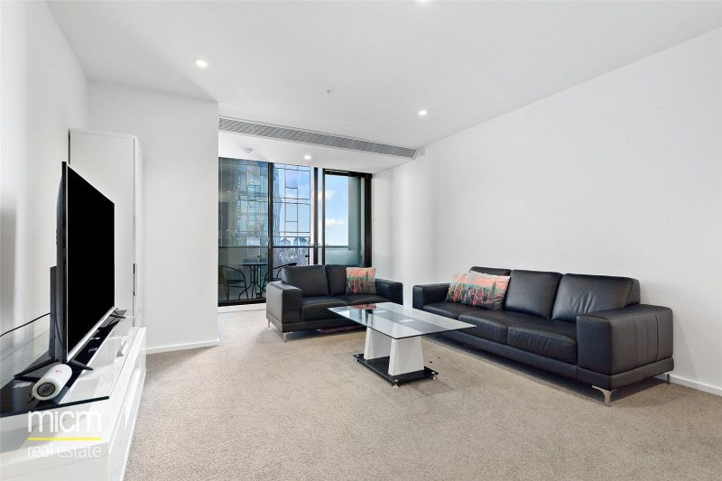 Southbank Grand: Two Bedroom Apartment Offering Stunning CBD Views!