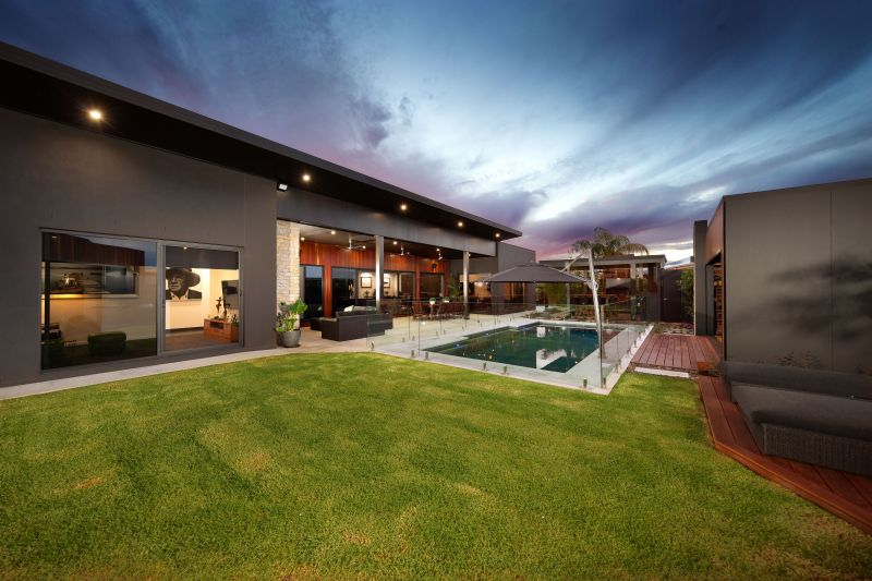For Sale By Owner: 103 Zorro Drive, Yarrawonga, VIC 3730