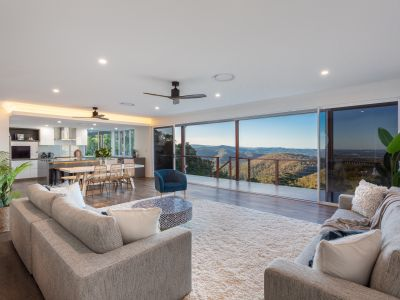 MOUNTAINSIDE MASTERPIECE PRESENTS EXCLUSIVE LIFESTYLE