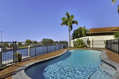 NORTH FACING OVER 34m* WATERFRONT - LARGE 61SQ+ FAMILY HOME WITH DUAL LIVING