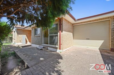 THREE-BEDROOM TOWNHOUSE IN BURWOOD