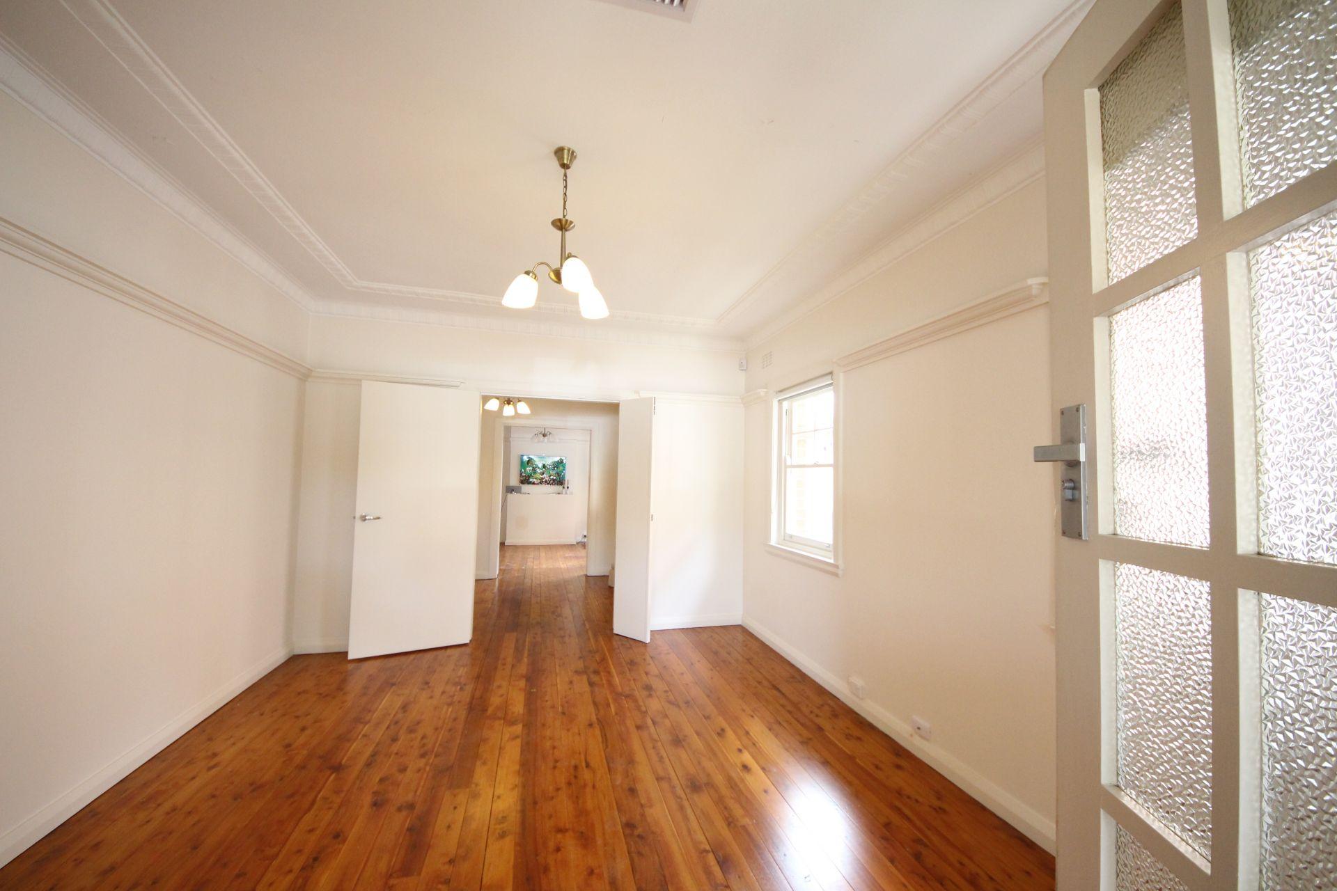 22 First Avenue, Rodd Point NSW