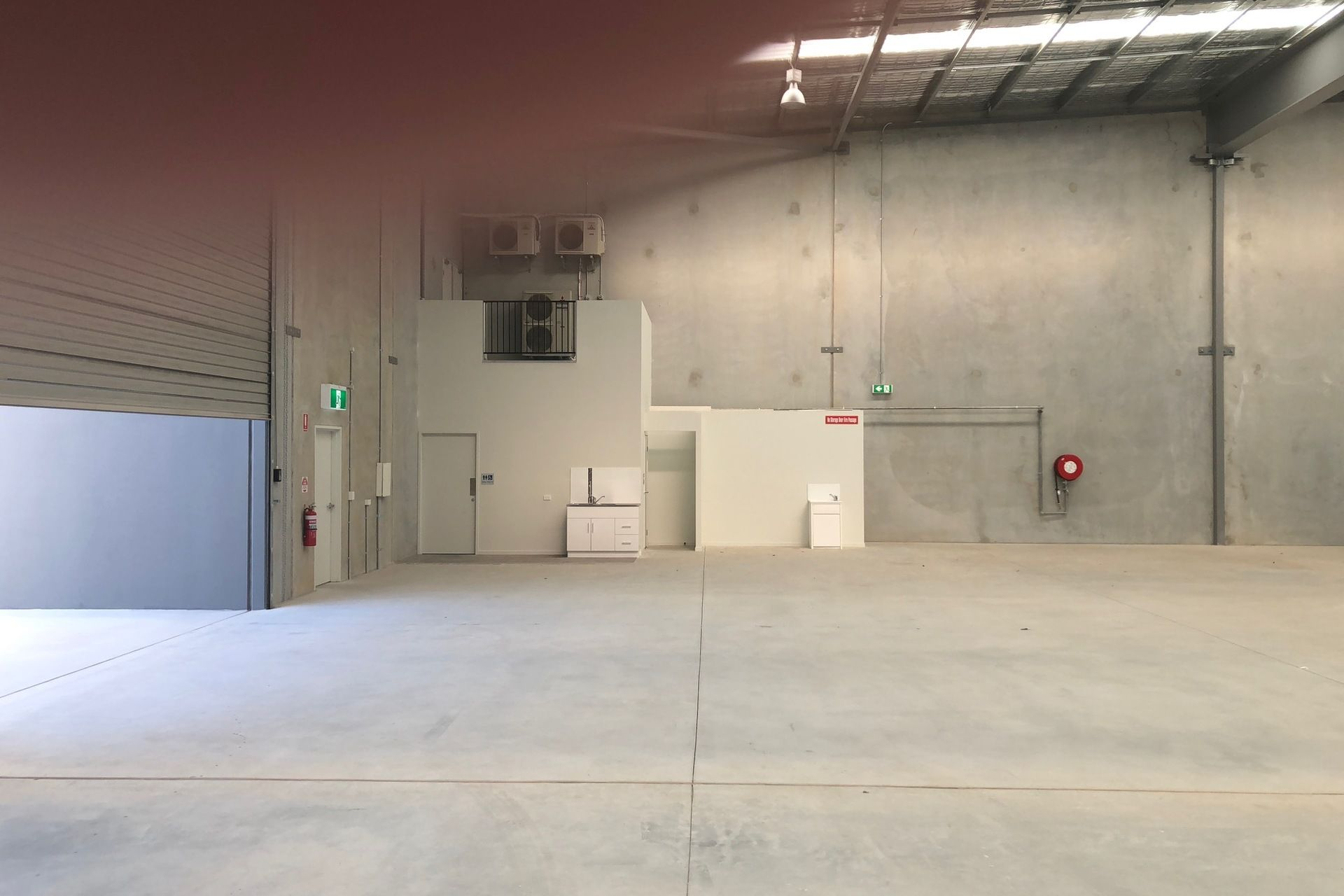 BRAND NEW CORPORATE OFFICE WAREHOUSE