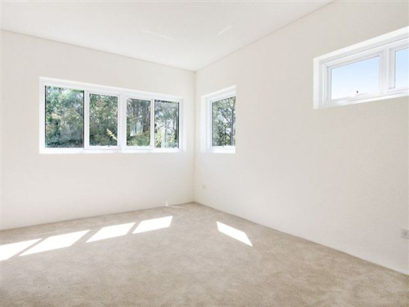 DEPOSIT RECEIVED -  MODERN APT - EXECUTIVE PRIVATE GARDEN APARTMENT WITH DECK + SECURITY PARKING
