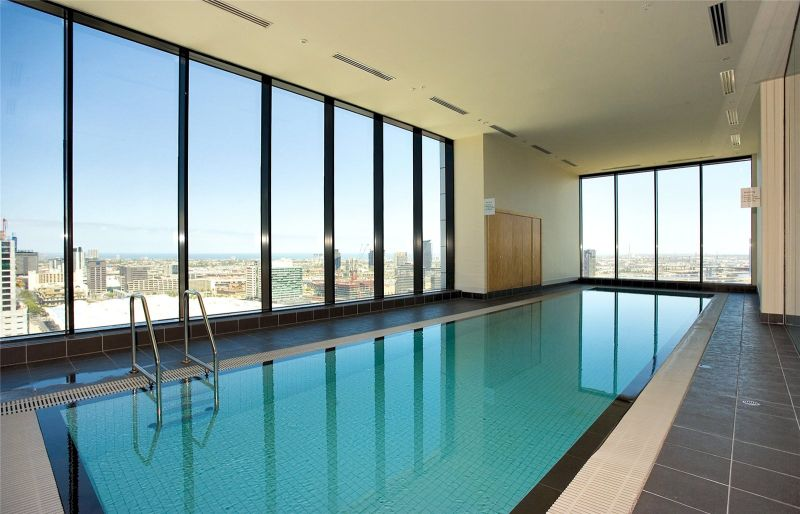Mondriane: One Bedroom Inner City Perfection!