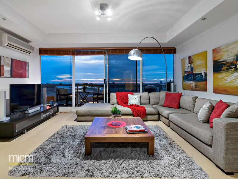 Space, Substance and Style with Sweeping Views