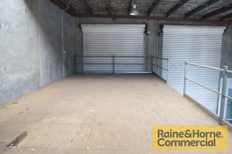 Rent Reduced - Exposed Position Facing Boundary Road