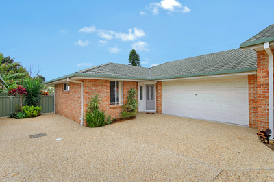 Brilliant Villa Home Superbly Positioned For A Lifestyle Of Comfort And Convenience