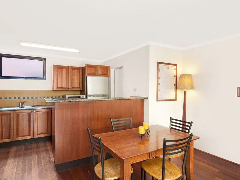 Apartment/150 Wigram Road Forest Lodge 2037