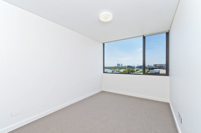 C401/21 Verona Drive, Wentworth Point