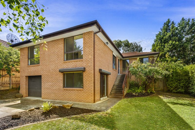 19 Montreal Drive, Doncaster East