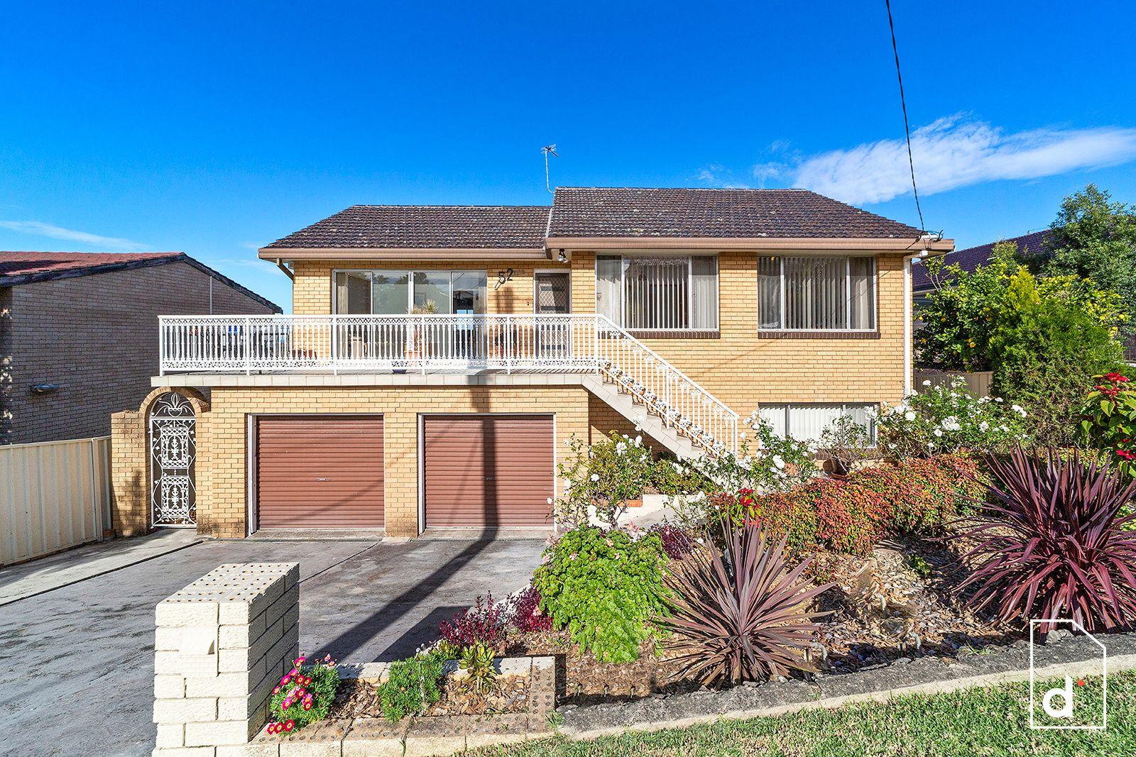 52 The Avenue, Corrimal NSW 2518