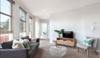 Two Bedroom Apartment in Hawthorn East