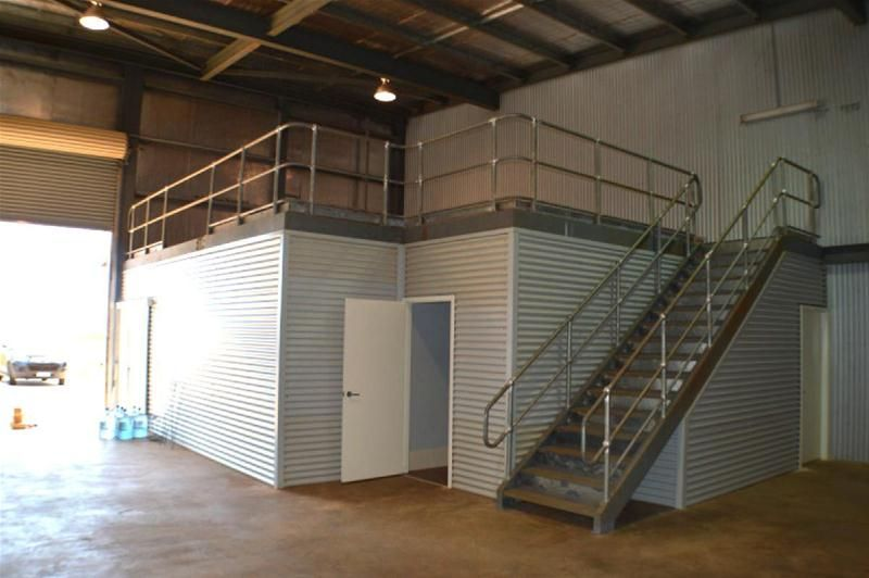 Modern Drive through workshop with Offices