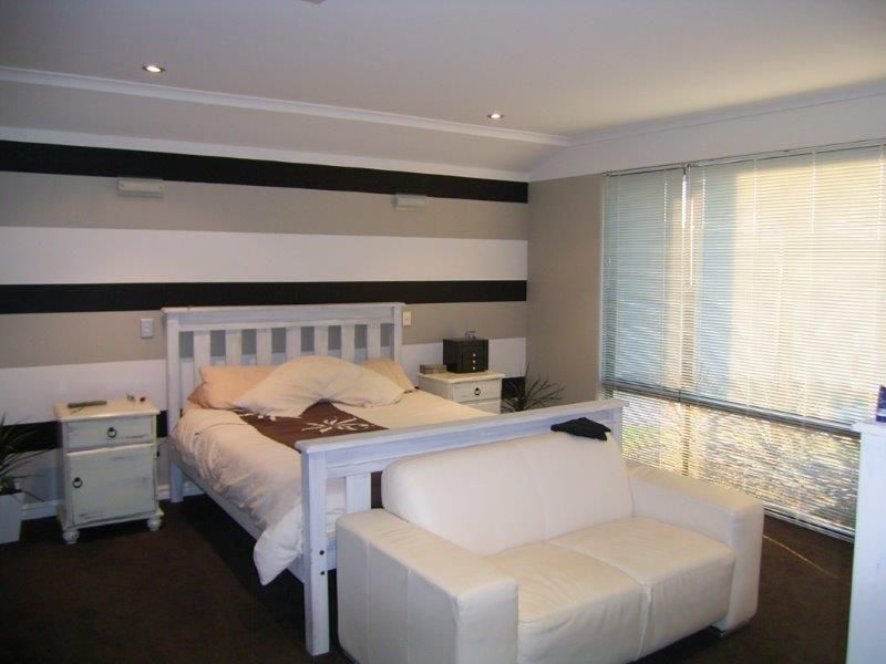 WELL LOCATED EASY CARE FAMILY HOME