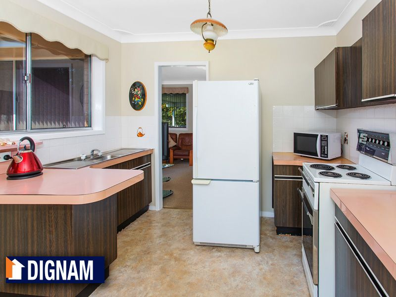 37 Highlands Parade, Bulli NSW