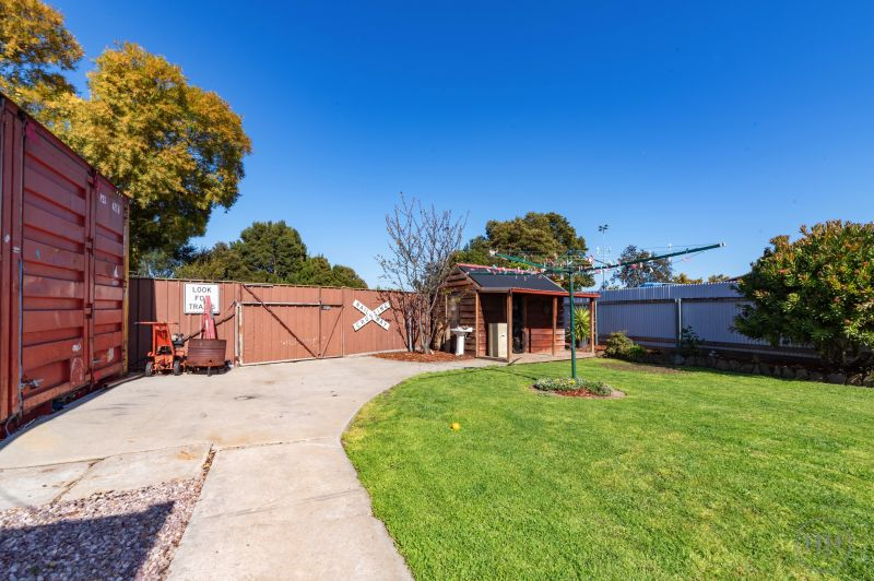 224 St Leonards Road-21