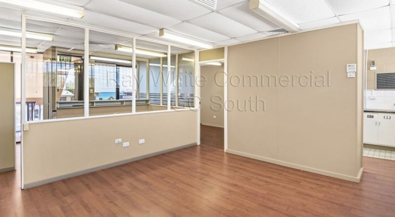 146SQM FIRST FLOOR SUITE ON THE GC HIGHWAY