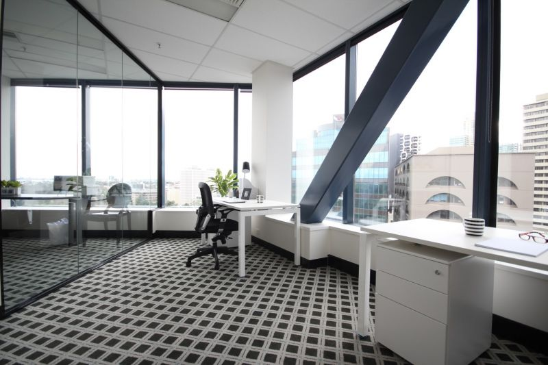 ATTENTION INVESTORS & OWNER OCCUPIERS - PRESTIGIOUS OFFICE FOR SALE